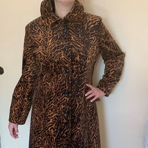Gallery Ladies Trench Coat Leopard Print